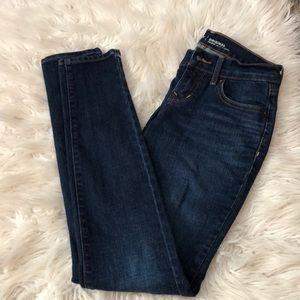 Old Navy medium wash jeans 00